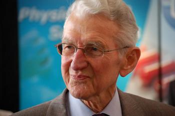 Dr. Maurice Jenaer, padre de la Micro-Inmunoterapia